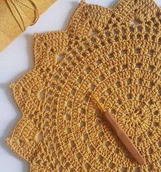 Crochet Applique Patterns Free, Crochet Flower Patterns, Doily Patterns, Crochet Chart, Crochet Motif, Crochet Home, Crochet Gifts, Crochet Placemats, Crochet Dinosaur