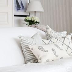 Matilde & Co - Chhatwal & Jonsson -Paisley kudde - Linnekudde New Paisley Grey - 40x60 cm - online - Ett vackrare hem - inspiration