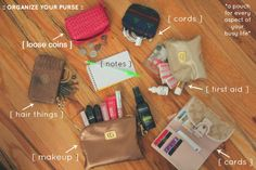 How to Organize Your Purse (And Keep It That Way)