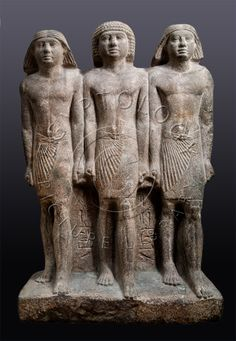Pseudo- group triple statue of prince Rawer, Old Kingdom, Egypt, V dynasty  Wapień, Museum of Egypt in Cairo. He had about 100 statues of himself