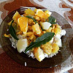 #food #japanesefood #curryrice #foodporn Curry rice z pomarańczą ananasem i bazylią. Trochę wbrew idei ale pychota  via Instagram