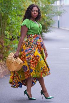 Short African Dresses, African Blouses, Latest African Fashion Dresses, African Print Dress Designs, African Print Skirt, African Wear, African Attire, African Traditional Dresses, Couture