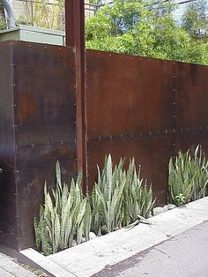 corten steel wall - industrial chic