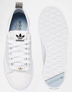 Cheap shoes online on - Adidas White Sneakers - Latest and fashionable shoes - Enlarge Adidas Originals Honey White Sneakers Cute Shoes, Me Too Shoes, Adidas Mode, Sneaker Trend, Adidas Shoes Women, Nike Women, Running Shoes, Fashion Shoes, Adidas Fashion