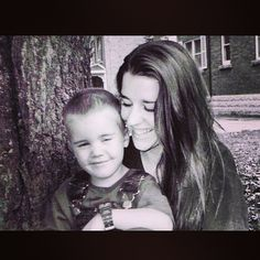 Justin Bieber & Pattie Mallette (mum)luv they way u were bfor .I hope u be the real u He Makes Me Smile, Make Me Smile, Pattie Mallette, Mommys Boy, Photo Star, Prince Of Pop, I Love Justin Bieber, Latest Albums, Marie Gomez