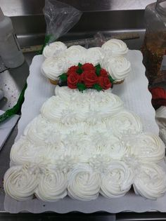 Wedding Dress Cupcake Cake. This is very pretty! Great idea!!