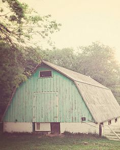 I love old barns...such simple beauty, yet I wonder about the stories it could tell