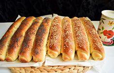 Batoane cu miere presărate cu mac și susan - Rețete pentru toate gusturile Bread Recipes, Cookie Recipes, Dessert Recipes, Romanian Food, Pastry And Bakery, Junk Food, Hot Dog Buns, Food Videos, Deserts