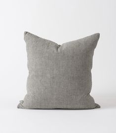 A sophisticated and contemporary take on classic gingham, washed for a relaxed x LinenCARE Warm machine wash. The Bonnie, Cushion Covers, Gingham, Cushions, Throw Pillows, Warm, Contemporary, Classic, Design