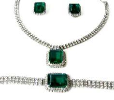 Vintage Emerald Green Parure Emerald Cut Glass Rhinestone Necklace Bracelet Earrings