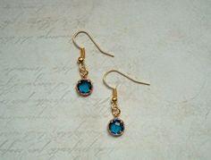 Ohrringe - Dezente Ohrringe Gold Blau - ein Designerstück von MiMaKaefer bei DaWanda