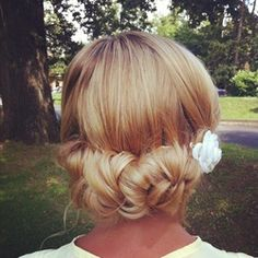 HAIR GALLERY - .STYLEME. - Bridesmaid Hair