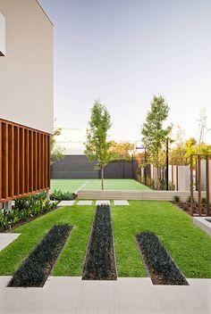 Minimalist-Garden-Integrating-the-Best-Outdoor-Activities-on-Garrell-Street,Australia_3