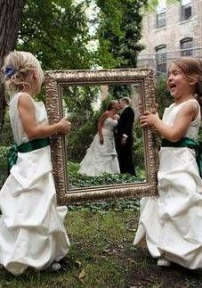 Great Idea for Photo Op with Flower Girls | Fun Wedding Ideas | The Mindful Shopper