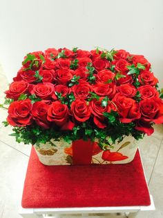 Send the Box of Red Roses bouquet of flowers from Kara Bala Flowers in Glendale, CA. Local fresh flower delivery directly from the florist and never in a box! Beautiful Flower Designs, Beautiful Roses, Fresh Flowers, Beautiful Flowers, Funeral Flowers, Wedding Flowers, Red Rose Bouquet, Rose Centerpieces, Beautiful Nature Pictures