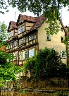 Das Haus am Fluss - The house on the river (by PirAnja314)  Erfurt, Thuringia, Germany