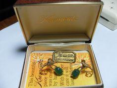 Krementz earrings Green Jade 14Kt. Gold by GingersLittleGems