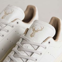 "adidas Originals Stan Smith ""Hirsch"" (Made in Germany) -- Tags: sneakers, low-tops, white leather, off-white"