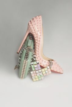 Best Christian Louboutin studded pastel pink heels, mint green clutch, and collar neclace ! from around the world, posted on December 2013 in Heels Green Clutches, Christian Louboutin Outlet, Patent Leather Pumps, Beautiful Shoes, Me Too Shoes, Cl Shoes, Fashion Shoes, Fashion Purses, Women's Fashion