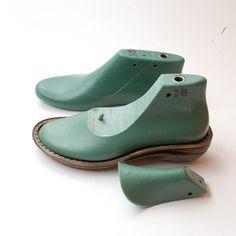 Schoen duurt vilten laarzen en slippers - kunststof schoen duurt platte zool Ik gebruik deze duurt voor Gevilte schoeisel, omdat ze mooi gestalte geeft aan uw projecten. Deze duurt kunt staan alles - kokend water, zeep, wrijven, knal met houten hamer en alle nodige foltering tijdens het