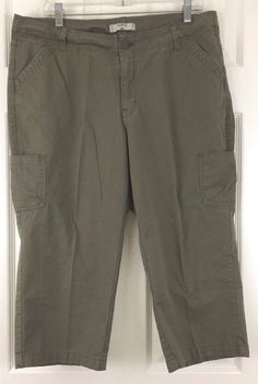 Lee Riders Casual Crop Pant Capri Army Green Cotton Classic Rise Size 18M L20 #Lee #CaprisCropped