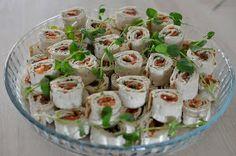 Patalintu: Juhlatarjoiluja alkukesän julhiin Party Snacks, Deli, Potato Salad, Food And Drink, Chicken, Baking, Ethnic Recipes, Student, Google