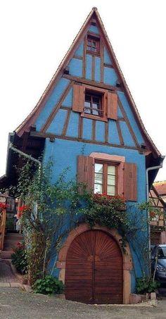 storybook cottage in St Hippolyte, Alsace, France Witch Cottage, Cute Cottage, Witch House, Cottage Style, Boho Glam Home, Storybook Homes, Storybook Cottage, Beautiful Buildings, Beautiful Homes