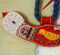 Embroidered Bird necklace by Elsita