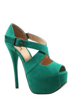 Luichiny Wide Eyed Strappy Pump in Aqua