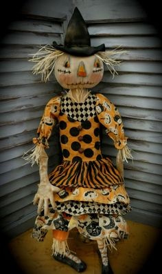 MUSTARD SEED ORIGINALS Primitive Primitive Dolls Primitive | Etsy Halloween Gourds, Halloween Doll, Halloween Fabric, Halloween Items, Halloween Season, Fall Halloween, Halloween Witches, Easy Primitive Crafts, Primitive Scarecrows