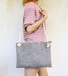 Felt messenger bag, shoulder bag, cross body bag, custom made, make your own by AlfaHandmade on Etsy