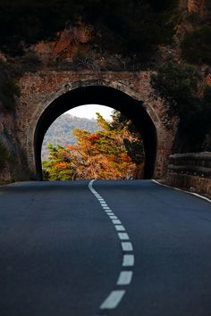 Autumn Portal, Basque Country, Spain - 101 Most Magnificent Places Made by Nature or Touched by a Man Hand Beautiful Roads, Beautiful Places, Beautiful Pictures, Amazing Places, The Road, Land Of Enchantment, Basque Country, Winding Road, All Nature