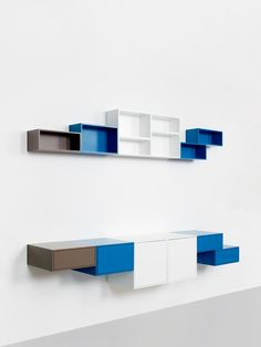 Contemporary style sectional bookcase Wall-mounted modular bookcase by Cubit by Mymito Wall Shelving Units, Bookcase Wall, Modular Shelving, Modular Storage, Shelving Systems, Wall Mounted Shelves, Shelf Units, Tree Bookshelf, Storage Shelving
