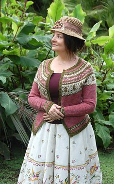 Joining Bees and Things, Ravelry: Joining Bees and Things pattern by bunnymuff - Mona Zillah. Big Knit Blanket, Cardigan Design, Shrug Pattern, Big Knits, Fair Isle Knitting, Knitting Projects, Knitting Patterns, Knitting Ideas, Knit Crochet