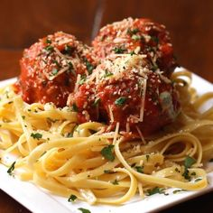 5 Amazing Meatball Recipes one looks delish Meat Recipes, Dinner Recipes, Cooking Recipes, Meatball Recipes, Healthy Recipes, Pizza Recipes, Easy Cooking, Healthy Soup, Dinner Ideas