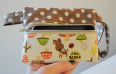 Ipod (and other neat things) clutch with tutorial.