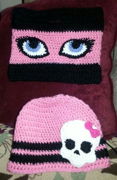 Monster High inspired beanie and clutch.   Sold as set, $50 or separately, $25 each includes shipping.