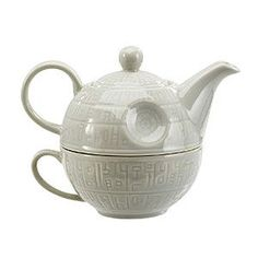 This clever ceramic Death Star is a space-saving space station, with a nestled design that features a teapot on top and a mug for the base. Because even the Empire knows that nobody ever blew up a planet without getting their caffeine fix!