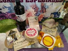 Special Gifts, Valentine Day Gifts, Dairy, Cheese, Food, Gourmet, Corporate Gifts, Hearts, Essen