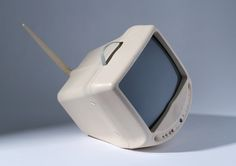 design-is-fine: Philippe Starck, Portable color TV ZEO Galaxy 36 KID, Made by Normende, Germany. Photo: Die Neue Sammlung – The International Design Museum Munich, A. Philippe Starck, Design Museum, Vintage Tv, Industrial Design, Consumer Electronics, Bubbles, History, Retro, Germany