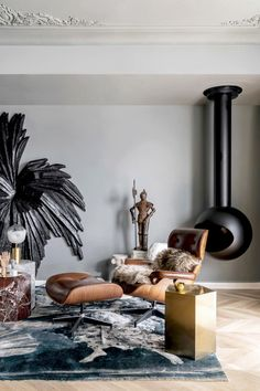 the interior design of 'pippa's apartment' by muxin studio in shanghai uses the client's art collection to create unique spaces. Eclectic Design, Modern Interior Design, Interior Styling, Interior Architecture, Interior And Exterior, Home Design, Inside Art, House And Home Magazine, Land Scape