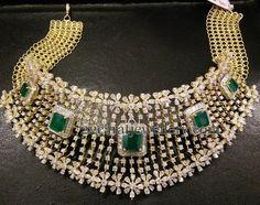 Jewellery Designs: 18 Ct Gold Splendid Diamond Choker