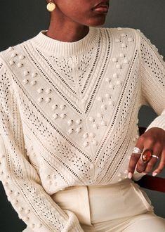 Very feminine style and so classy looking. Knitwear Fashion, Knit Fashion, Sweater Fashion, Look Fashion, Autumn Fashion, Fashion Outfits, Fashion Trends, Modest Fashion, Fashion Details