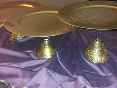 Dollar Store martini glasses 3 different sizes, charger plates, modge podge, glitter.....voila cake stands with pizzazz