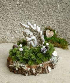 Alle Heiligen & # Tag - Architektur und Kunst # Domskiisor Source by aoikumamon Christmas Angels, Christmas Time, Christmas Wreaths, Christmas Ornaments, Christmas Ideas, Grave Flowers, Funeral Flowers, Cemetery Decorations, Xmas Decorations