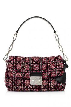 e5a3a697bdb4 Christian Dior New Lock Small Flap Bag ราคาสมาชิก THB 99