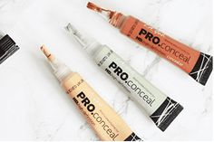 You get your choice of 2 pro concealer. Long wear formula camouflages darkness under the eyes, redness and akin imperfections. Provides complete natural looking coverage, evens skin tone covers dark circles and minimizes lines around eyes. Best Color Corrector, Corrector Makeup, Corrector Palette, Love Makeup, Diy Makeup, Simple Makeup, Makeup Tools, Makeup Ideas, Make Up