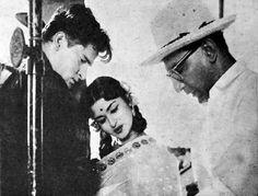 Shammi Kapoor and Saroja Devi on the sets of Pyar Kiya Toh Darna Kya 1963, with the director, B.S. Ranga.