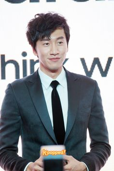 List Stars at Dramacool Lee Kwangsoo, Running Man Members, Kwang Soo, Korean Shows, Keep Running, Samsung, My Favorite Music, Korean Actors, Korean Drama