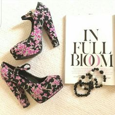 """❣Forever 21 Floral Chunky Mary-Jane's These are a re-posh I adore  these heels but yet to wear them.  Working more hours at the hospital with less reason to wear heels in general.  Previous posher only wore 1x. In lovely condition  Size 7 Black base with magenta/fuschia rose buds Mary Jane style anke strap Chunky heel 5.25"""" & 1.5"""" platform Must have for spring!  Ships next day Forever 21 Shoes Platforms"""